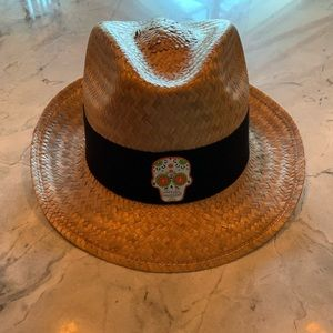NWOT Fedora hat with skull